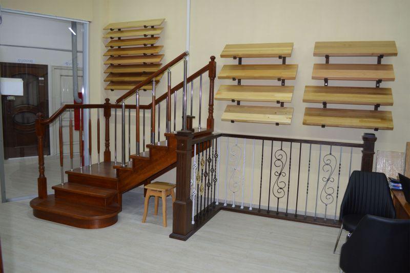 Производство деревянных лестниц и комплектующих для лестниц
